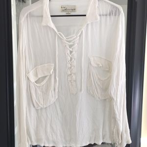Tops - Comfy loose white flowy shirt